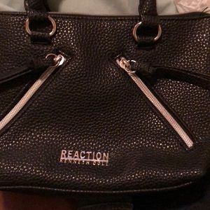 Kenneth Cole Reaction Cross the Body Bag